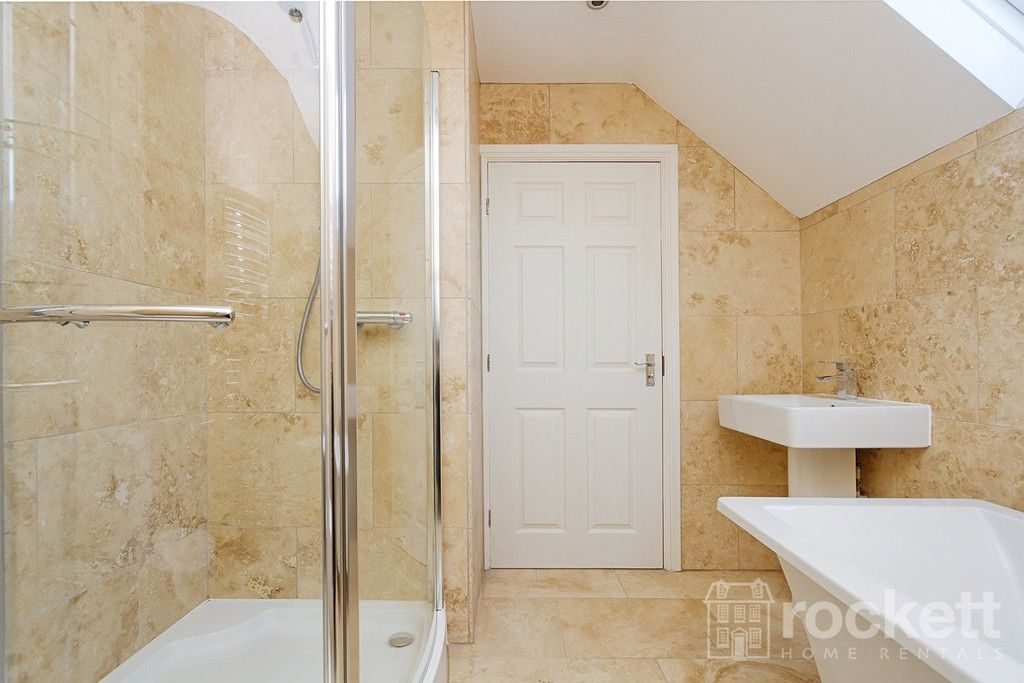 2 bed flat to rent in Kingsley Hall, Newcastle Under Lyme  - Property Image 17