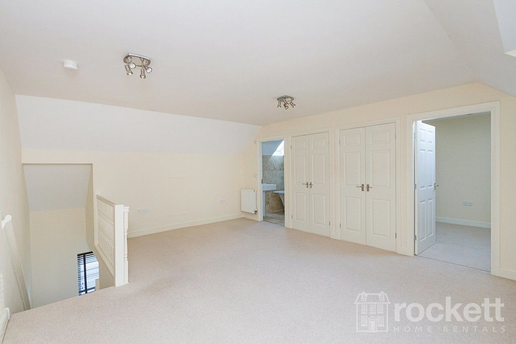 2 bed flat to rent in Kingsley Hall, Newcastle Under Lyme  - Property Image 21