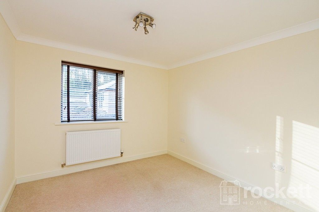 2 bed flat to rent in Kingsley Hall, Newcastle Under Lyme  - Property Image 26