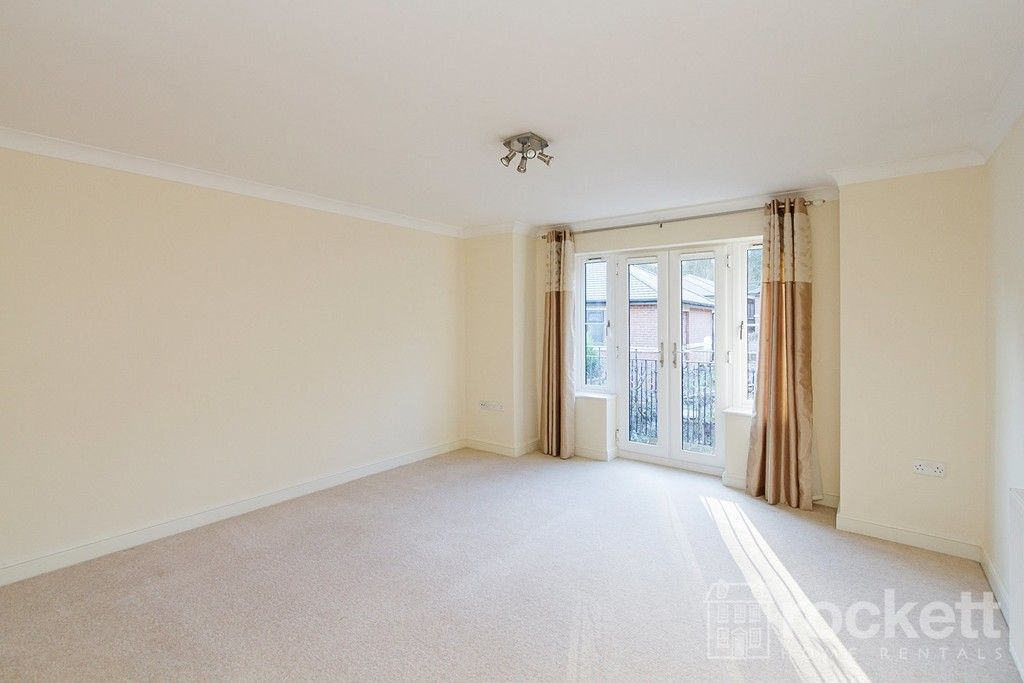 2 bed flat to rent in Kingsley Hall, Newcastle Under Lyme  - Property Image 28