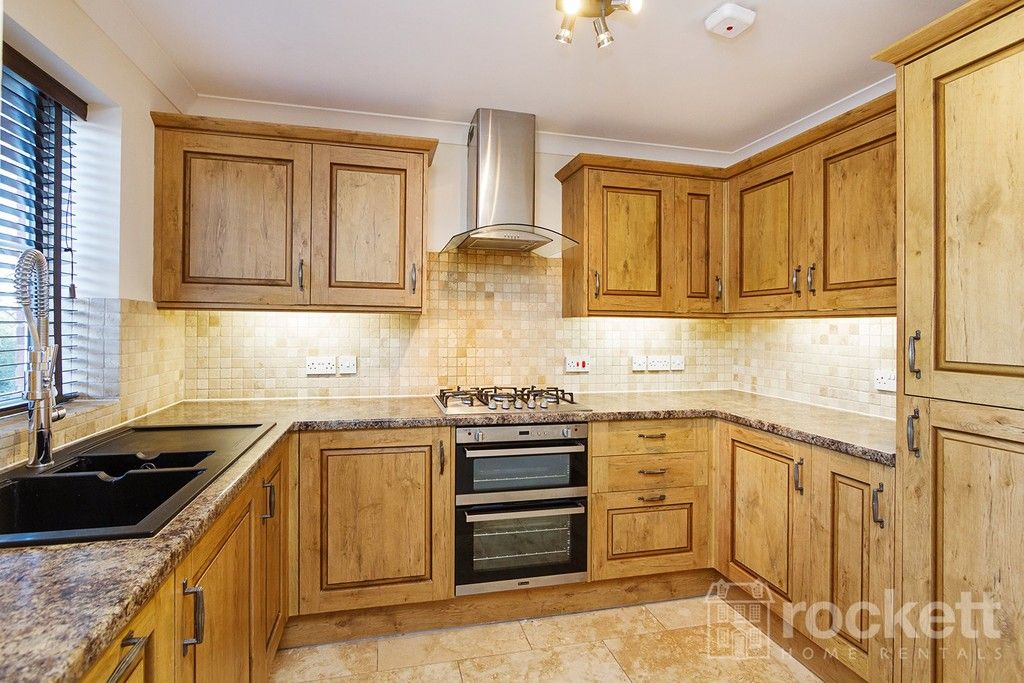 2 bed flat to rent in Kingsley Hall, Newcastle Under Lyme  - Property Image 5