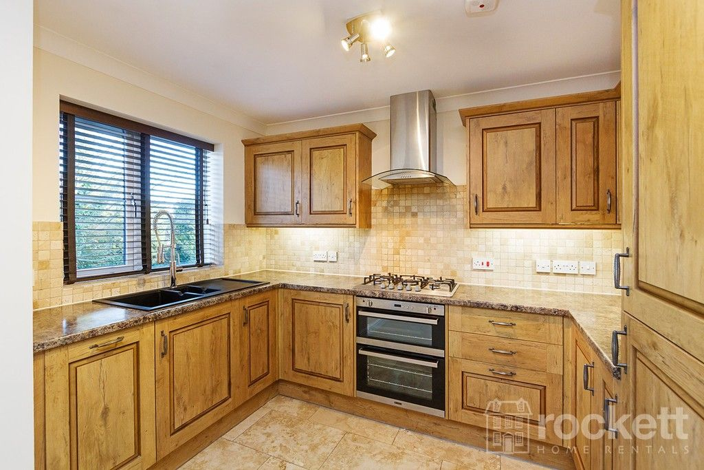 2 bed flat to rent in Kingsley Hall, Newcastle Under Lyme  - Property Image 6