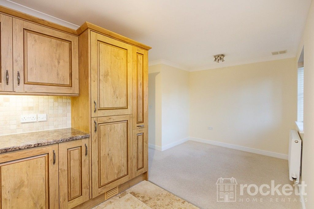 2 bed flat to rent in Kingsley Hall, Newcastle Under Lyme  - Property Image 8