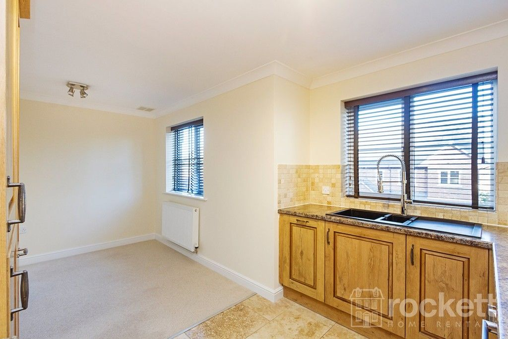 2 bed flat to rent in Kingsley Hall, Newcastle Under Lyme  - Property Image 9