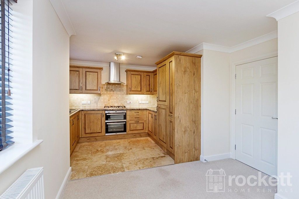 2 bed flat to rent in Kingsley Hall, Newcastle Under Lyme  - Property Image 10