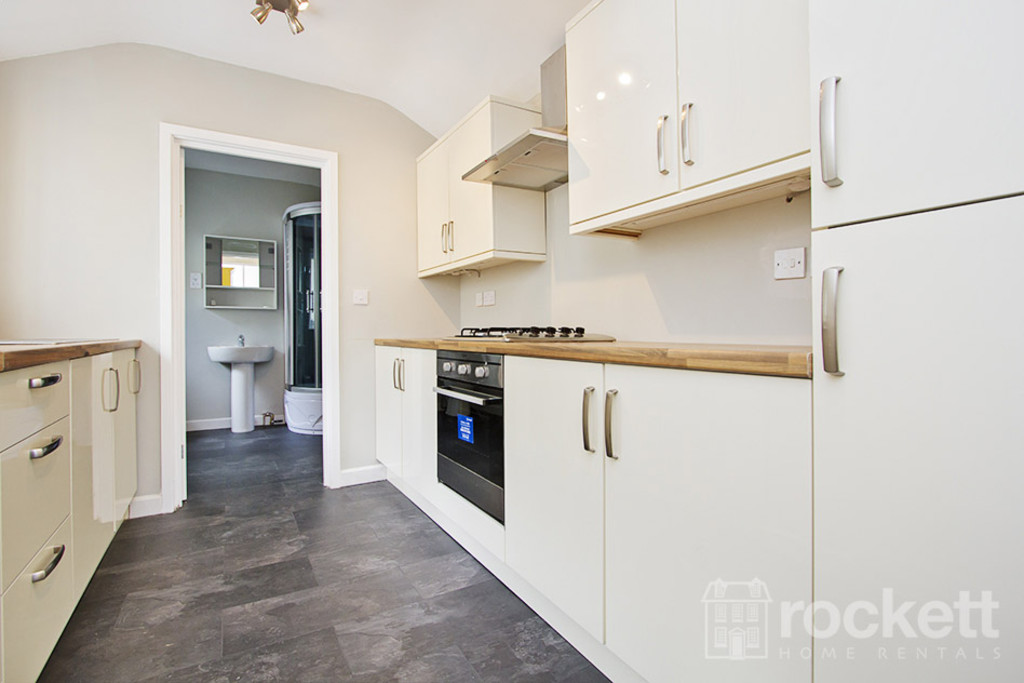 1 bed flat to rent in Hartshill Road, Stoke On Trent  - Property Image 8