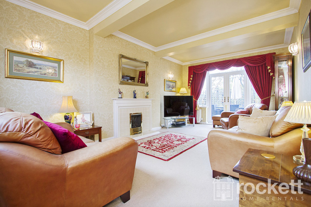 5 bed house to rent in Newcastle Under Lyme  - Property Image 13