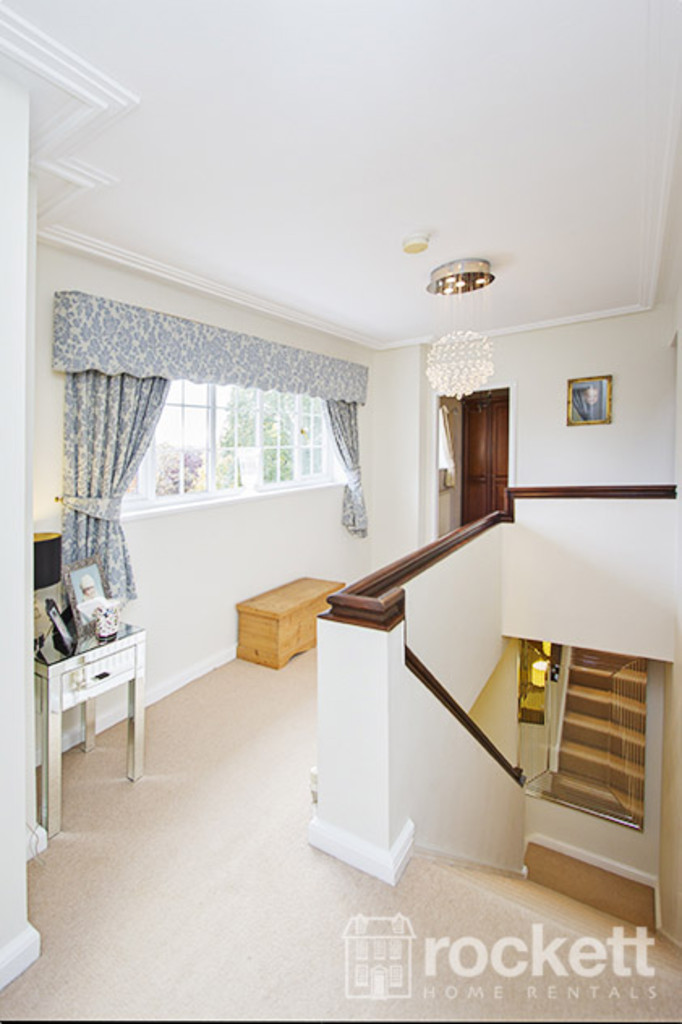 5 bed house to rent in Newcastle Under Lyme  - Property Image 14