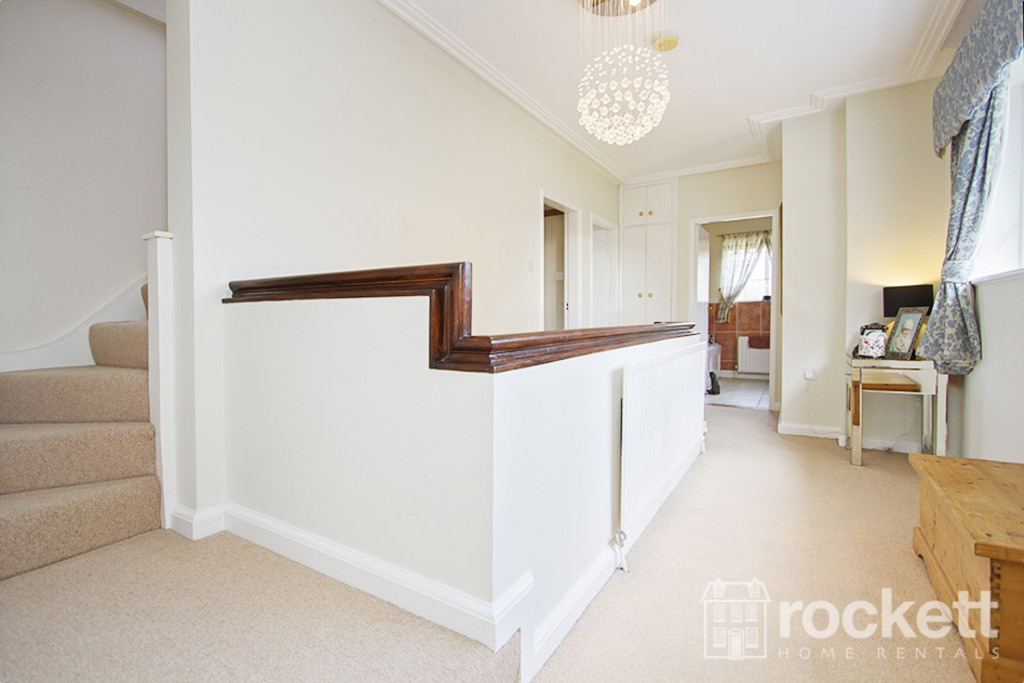 5 bed house to rent in Newcastle Under Lyme  - Property Image 15