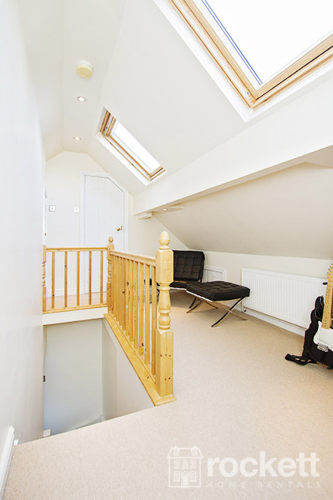 5 bed house to rent in Newcastle Under Lyme  - Property Image 21
