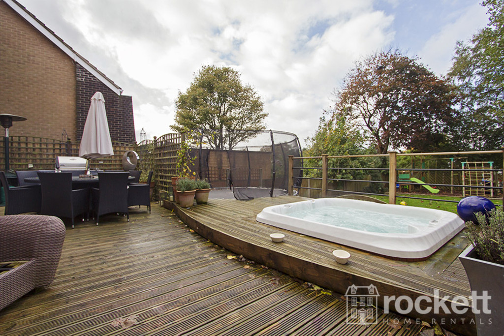 5 bed house to rent in Newcastle Under Lyme  - Property Image 23