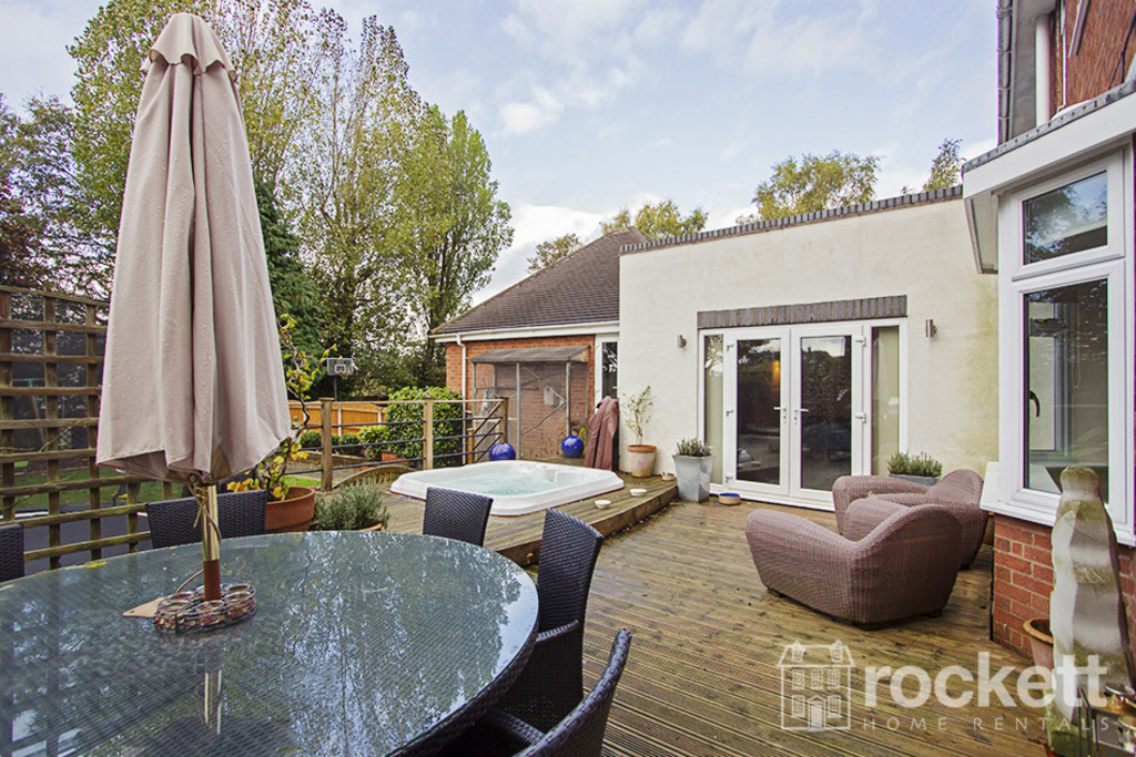 5 bed house to rent in Newcastle Under Lyme  - Property Image 24