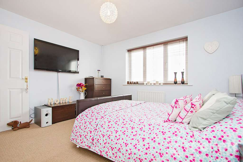 3 bed house to rent in Godwin Way, Stoke On Trent  - Property Image 10