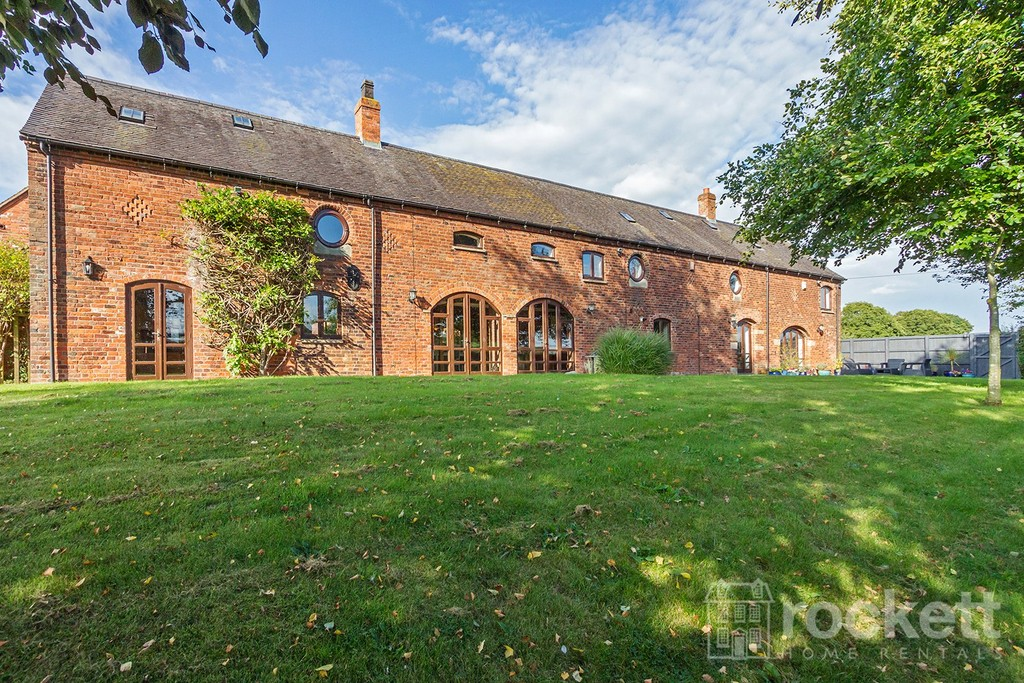 5 bed house to rent in Betley, Cheshire - Property Image 1