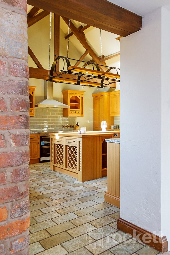 5 bed house to rent in Betley, Cheshire  - Property Image 11