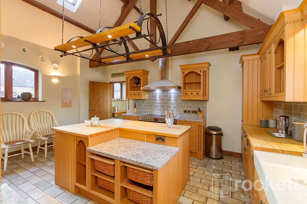 5 bed house to rent in Betley, Cheshire  - Property Image 12