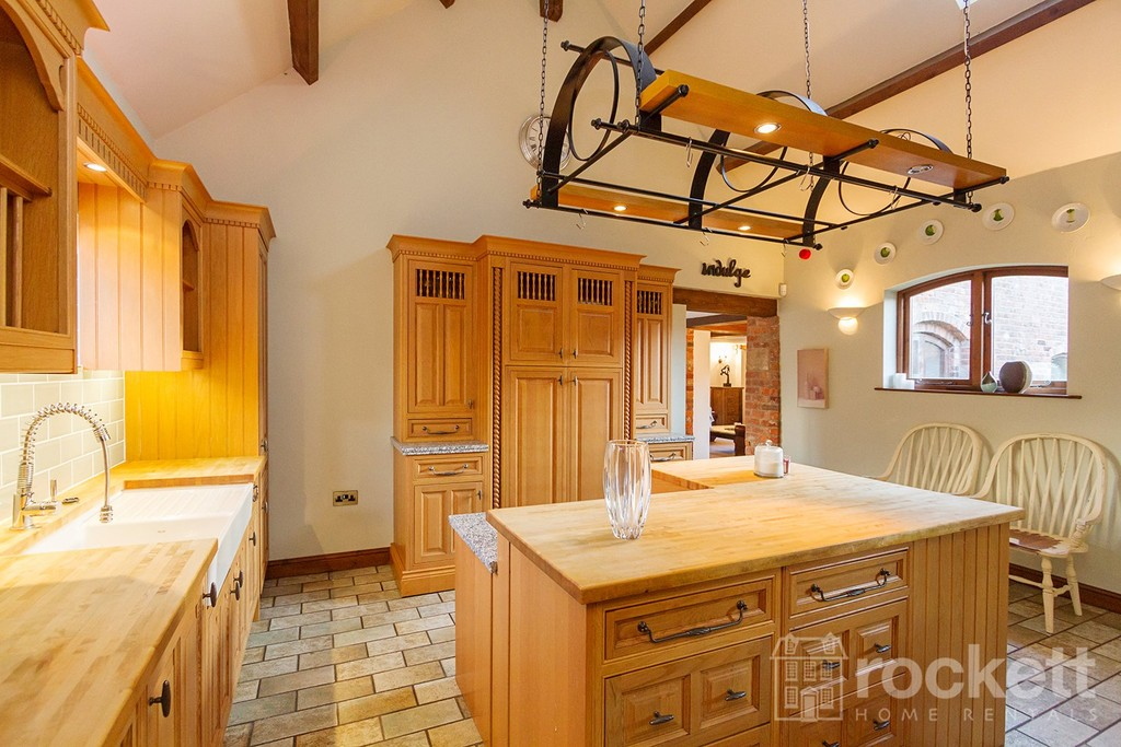 5 bed house to rent in Betley, Cheshire  - Property Image 10