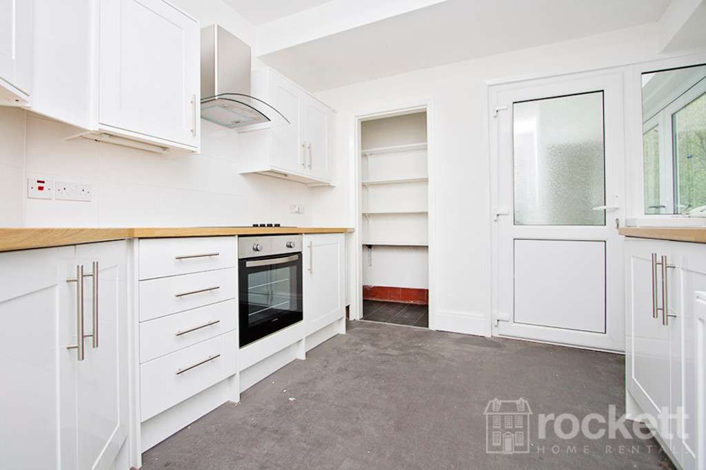 3 bed house to rent in The Villas, Market Drayton  - Property Image 4