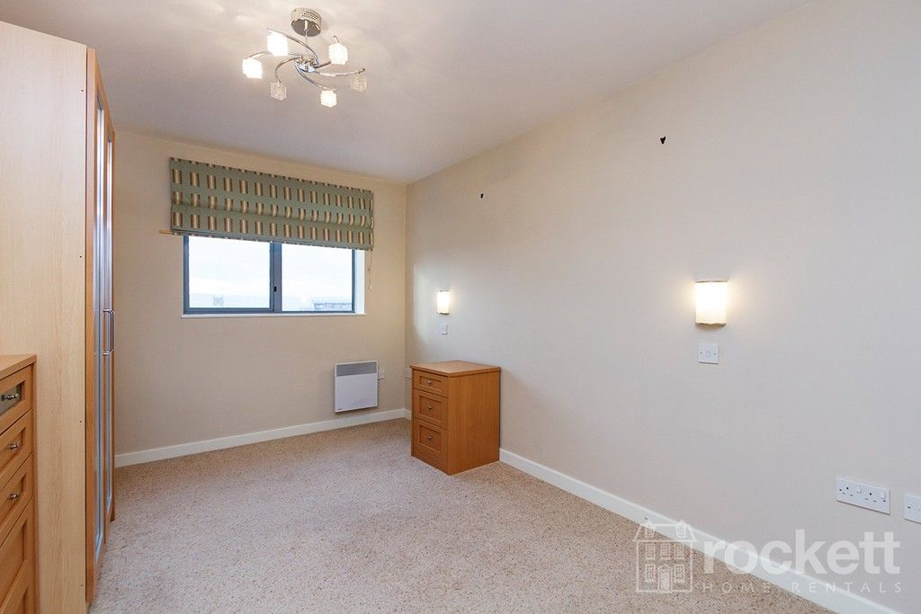 2 bed flat to rent in Newcastle Under Lyme  - Property Image 20