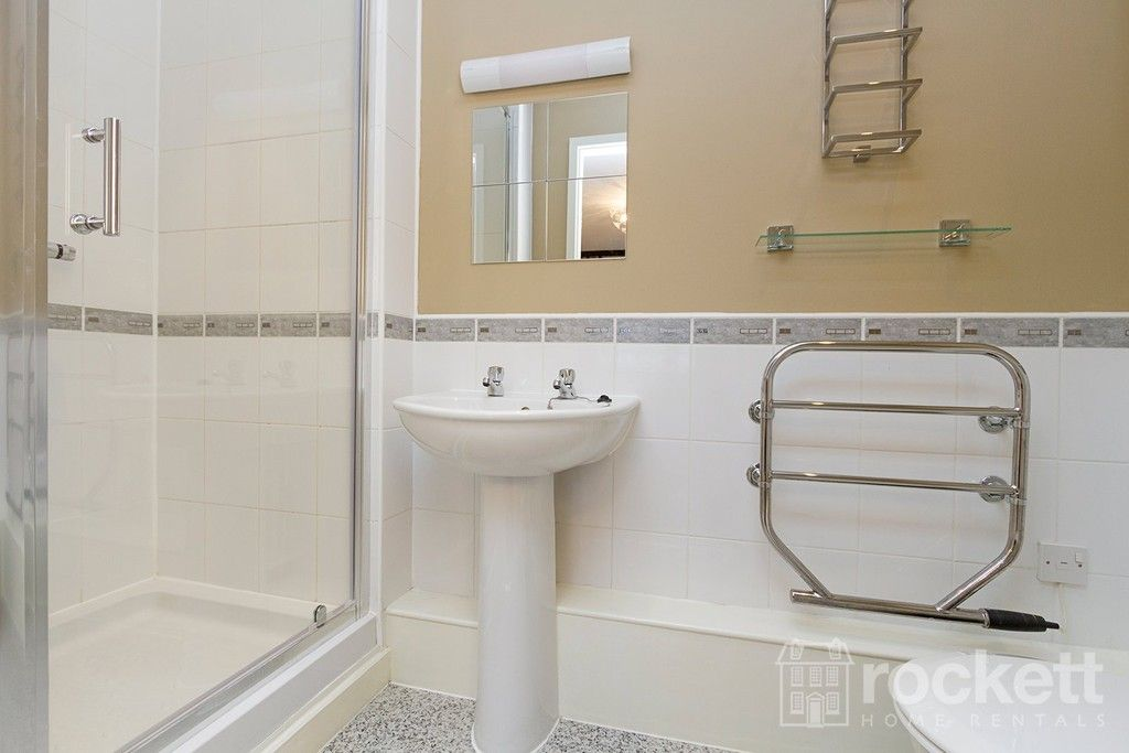 2 bed flat to rent in Newcastle Under Lyme  - Property Image 23
