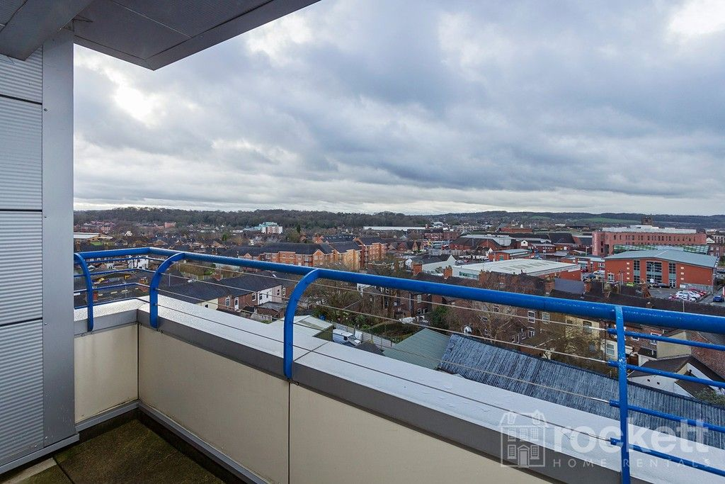 2 bed flat to rent in Newcastle Under Lyme  - Property Image 27
