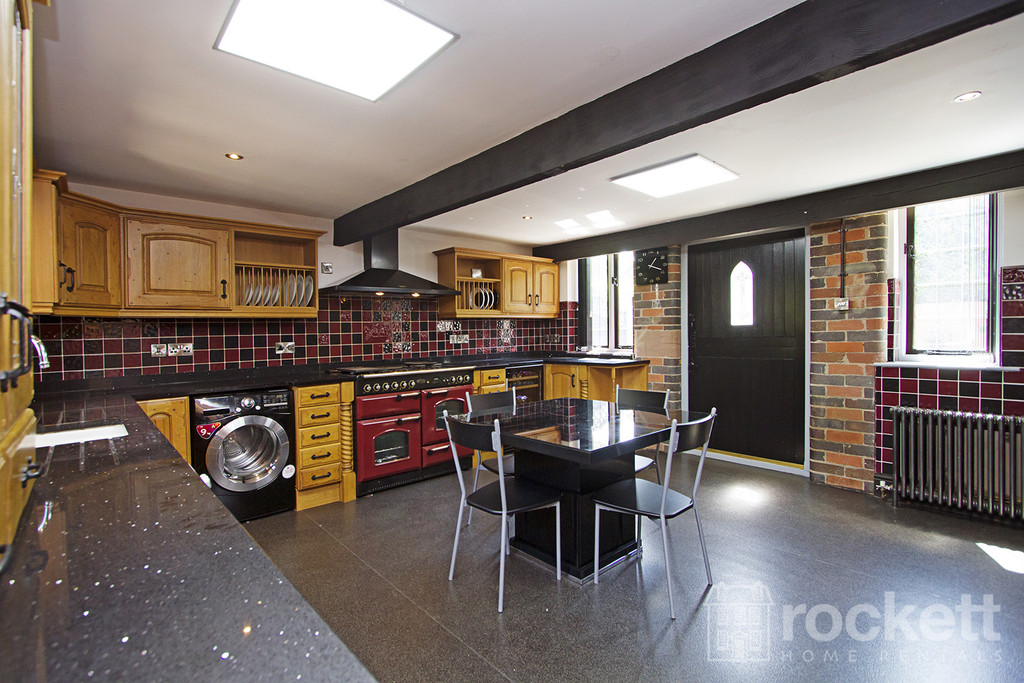 4 bed house to rent in Newcastle Under Lyme  - Property Image 54