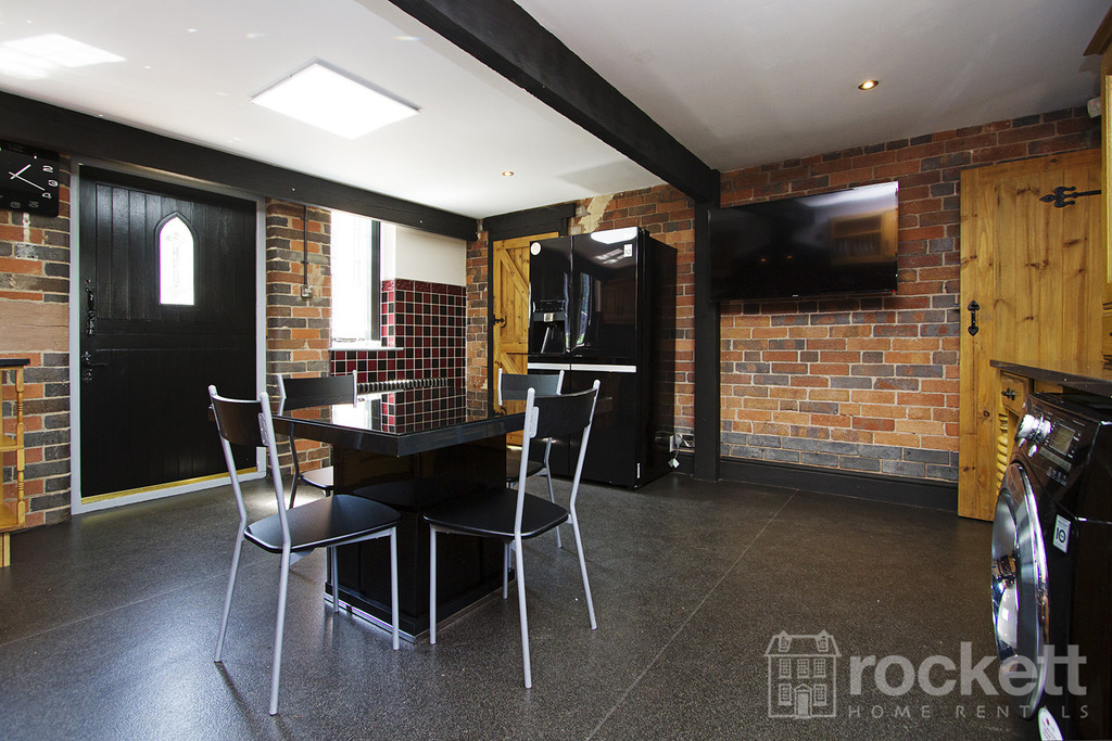 4 bed house to rent in Newcastle Under Lyme  - Property Image 55