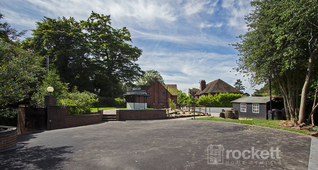 4 bed house to rent in Newcastle Under Lyme  - Property Image 67