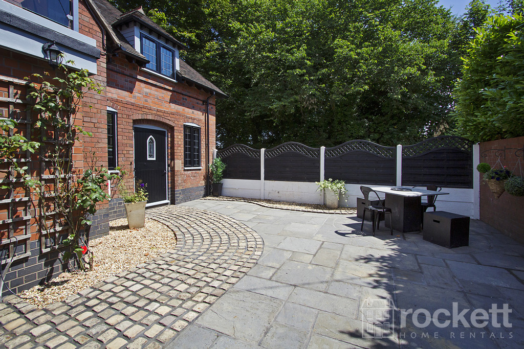 4 bed house to rent in Newcastle Under Lyme  - Property Image 71