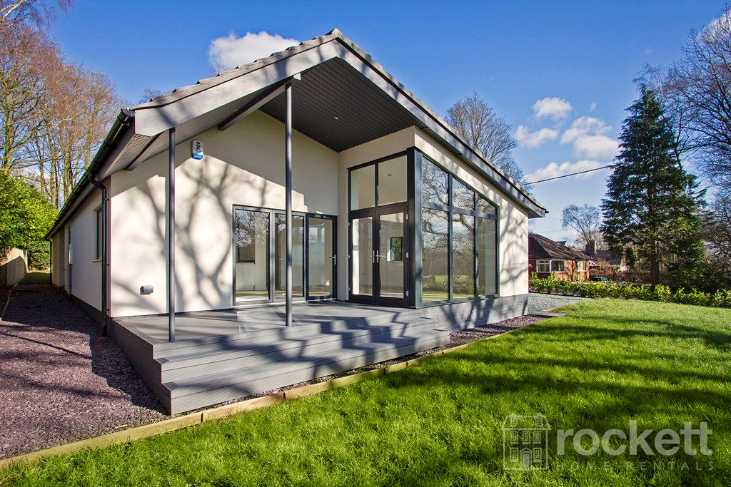 3 bed bungalow to rent in Newcastle Under Lyme  - Property Image 2