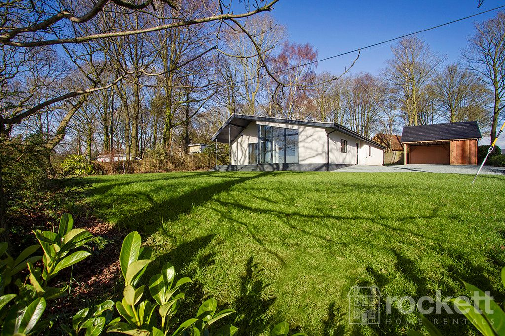 3 bed bungalow to rent in Newcastle Under Lyme  - Property Image 43