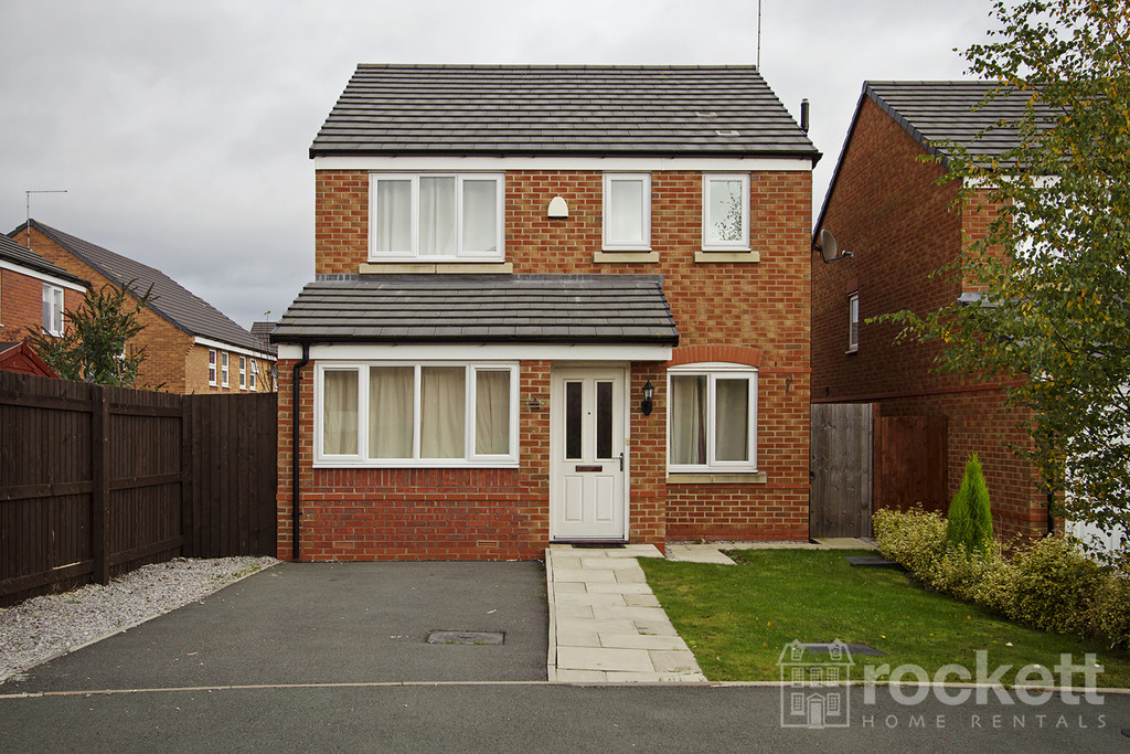 4 bed House to rent in Brent Close, Newcastle Under Lyme, ST5