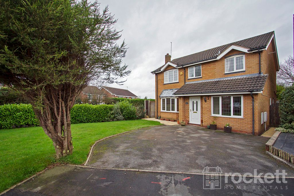 4 bed house to rent in Newcastle Under Lyme - Property Image 1