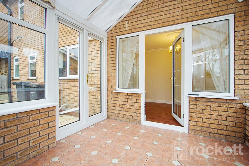 4 bed house to rent in Newcastle Under Lyme  - Property Image 24