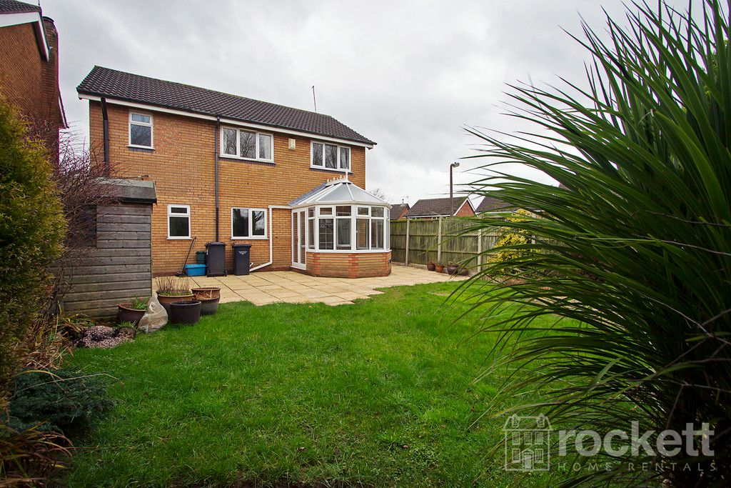 4 bed house to rent in Newcastle Under Lyme  - Property Image 26