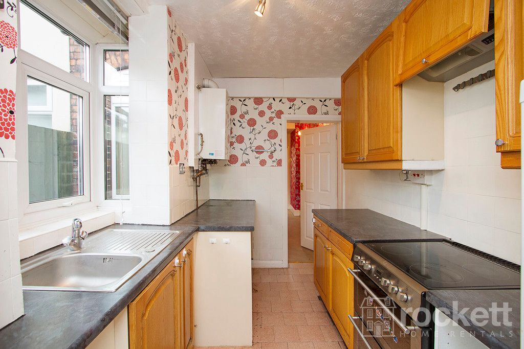 2 bed house to rent in May Street, Silverdale  - Property Image 12