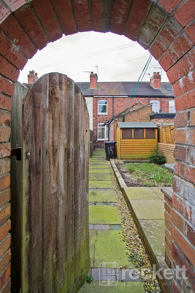 2 bed house to rent in May Street, Silverdale  - Property Image 13