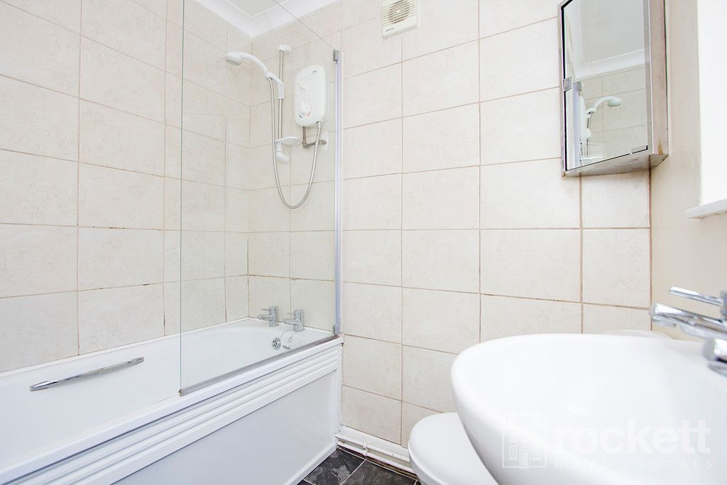 2 bed house to rent in May Street, Silverdale  - Property Image 7