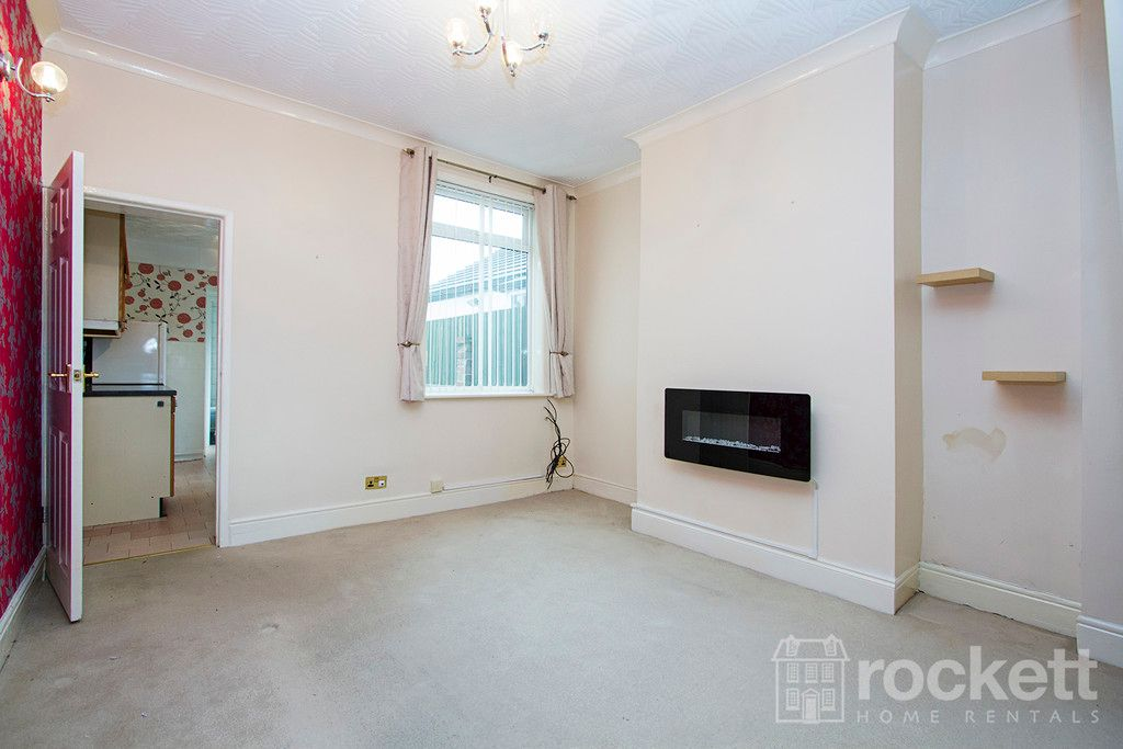 2 bed house to rent in May Street, Silverdale  - Property Image 9