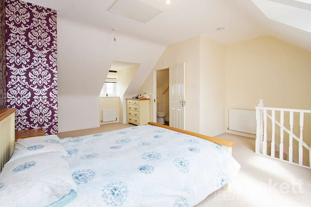 3 bed house to rent in Newcastle Under Lyme  - Property Image 14
