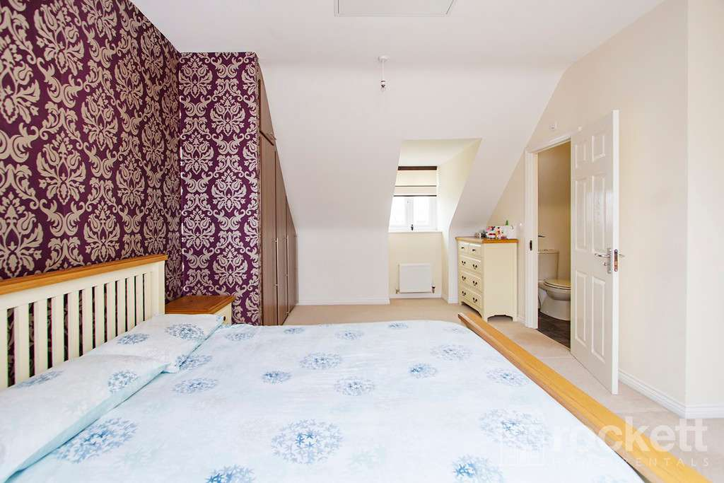 3 bed house to rent in Newcastle Under Lyme  - Property Image 15