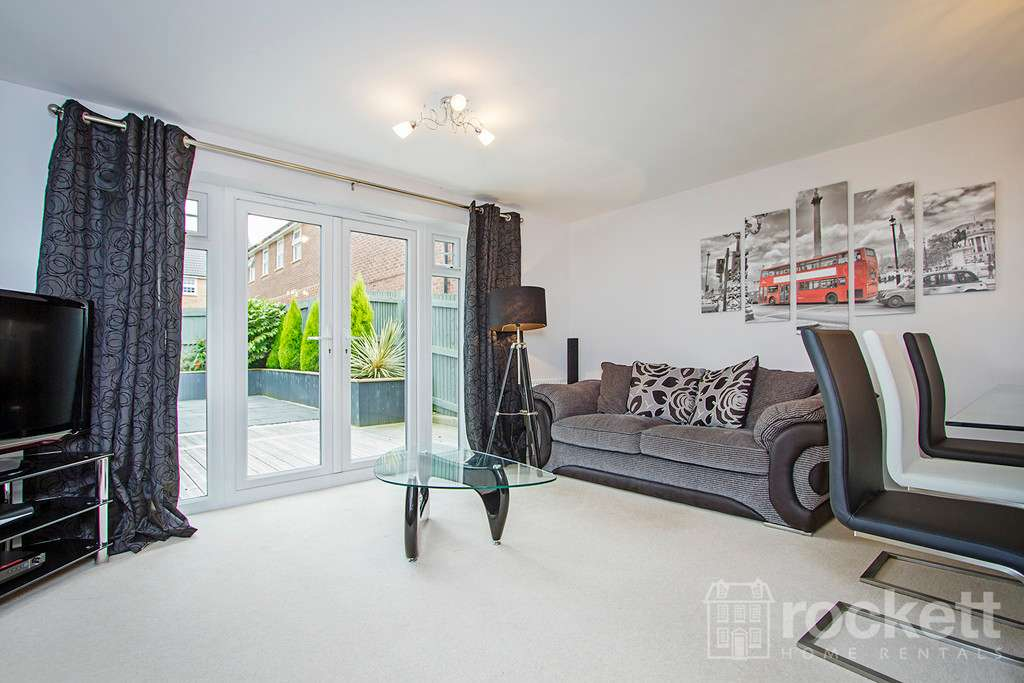 3 bed house to rent in Newcastle Under Lyme  - Property Image 4