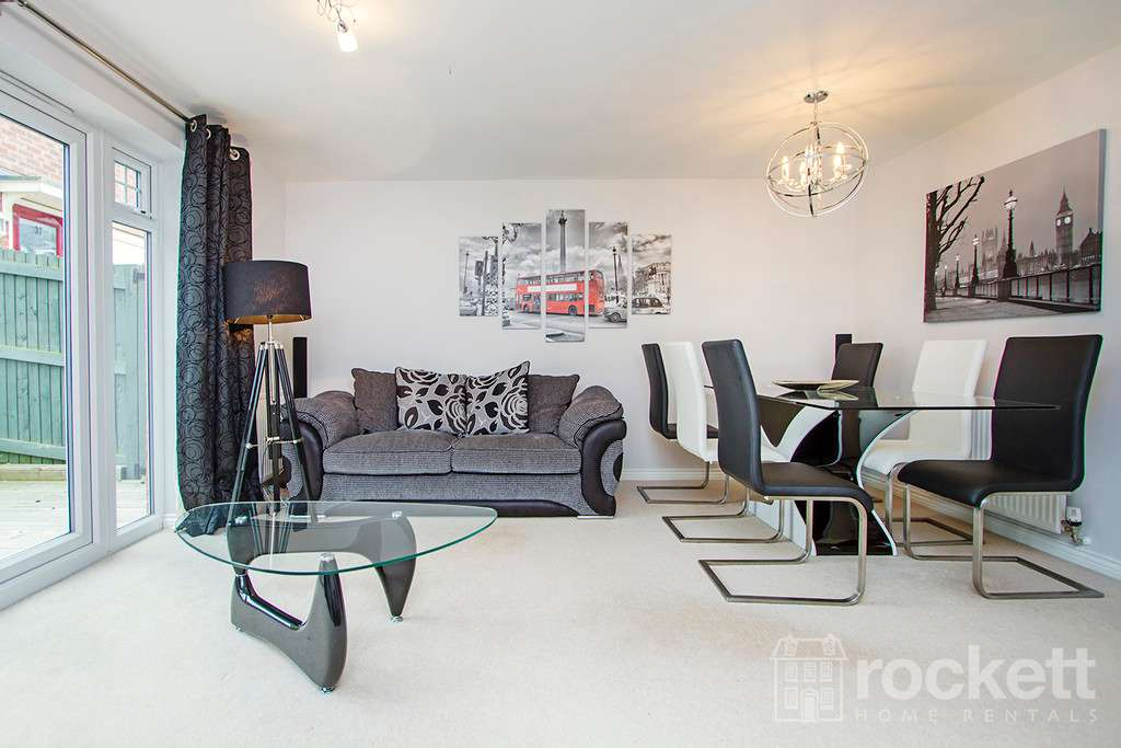 3 bed house to rent in Newcastle Under Lyme  - Property Image 5