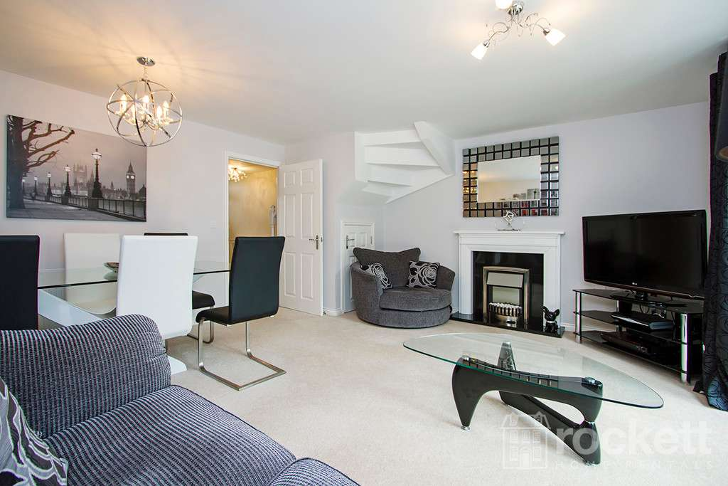 3 bed house to rent in Newcastle Under Lyme  - Property Image 7