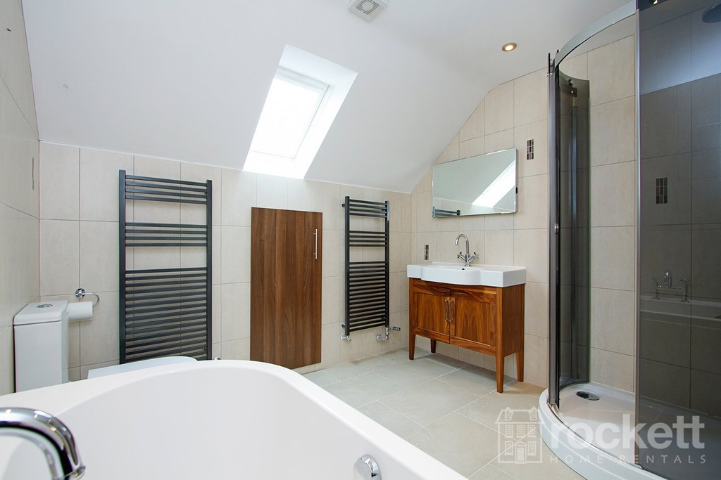 2 bed flat to rent in Kingsley Hall, Lymewood Close  - Property Image 8