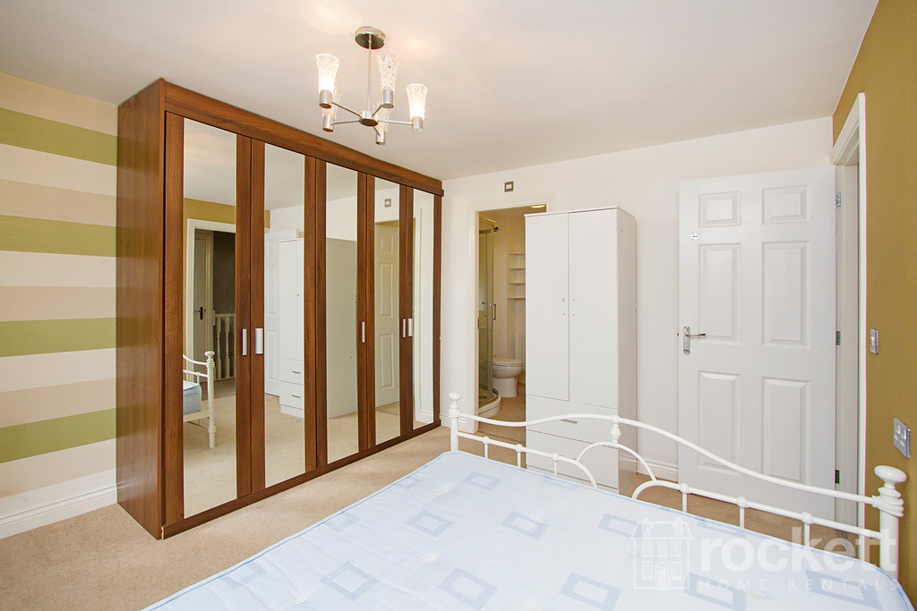 5 bed house to rent in Galingale View, Newcastle Under Lyme  - Property Image 14