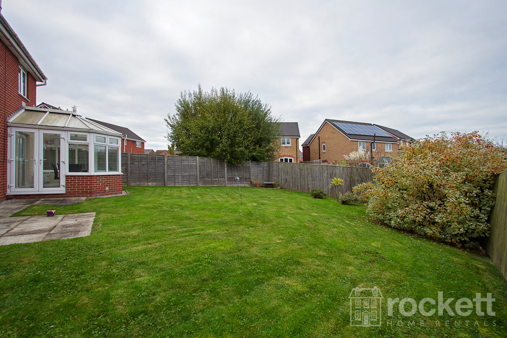 5 bed house to rent in Galingale View, Newcastle Under Lyme  - Property Image 19