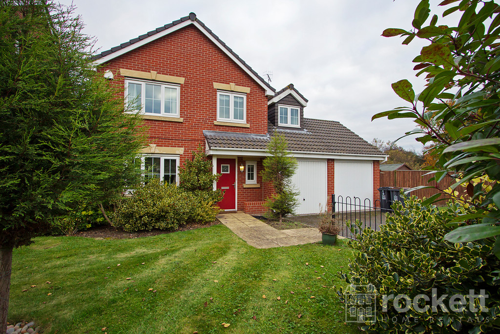 5 bed house to rent in Galingale View, Newcastle Under Lyme  - Property Image 3