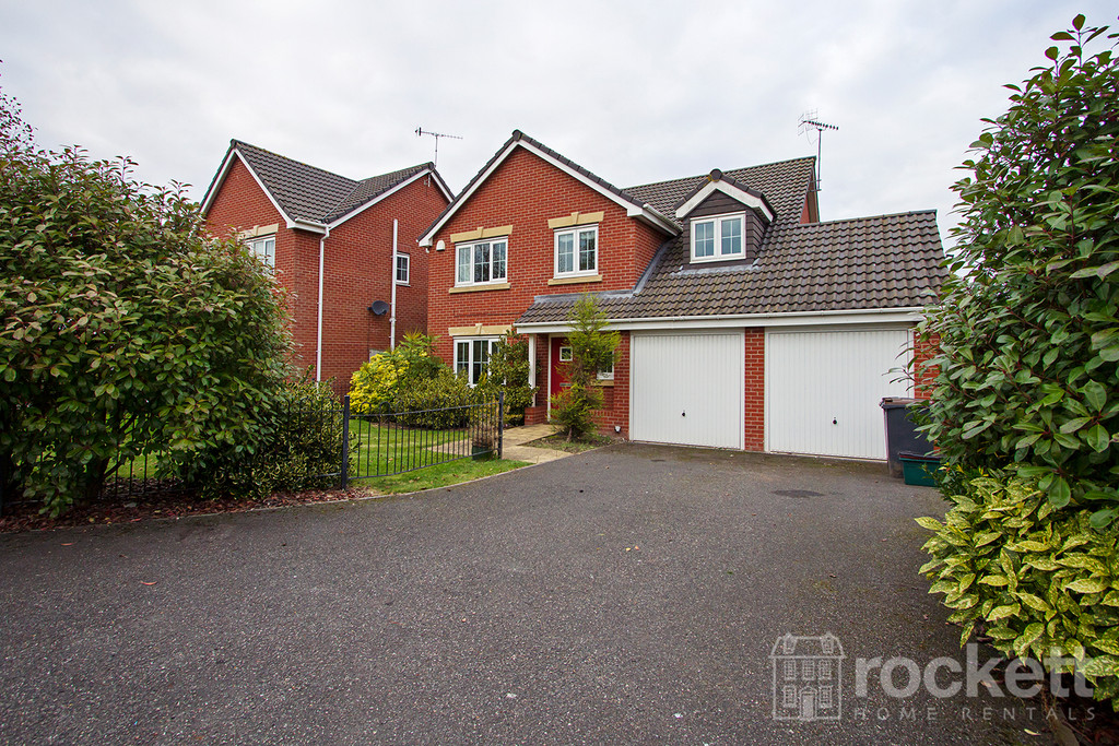 5 bed house to rent in Galingale View, Newcastle Under Lyme  - Property Image 4