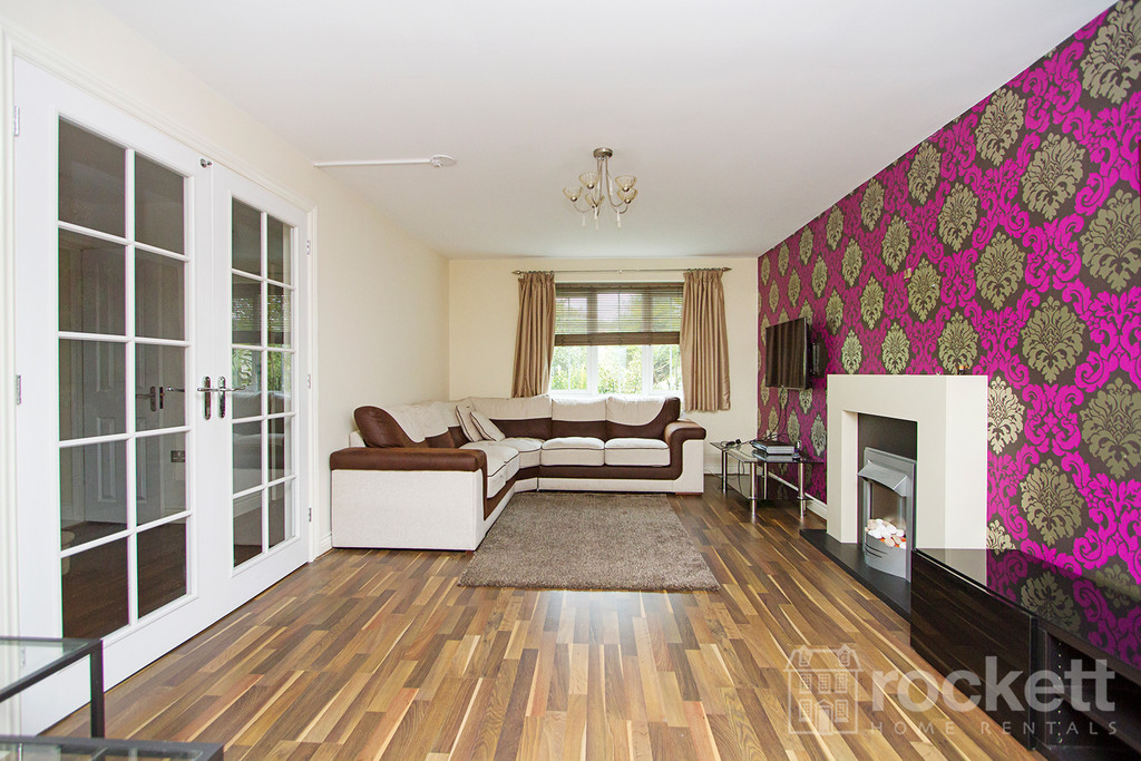 5 bed house to rent in Galingale View, Newcastle Under Lyme  - Property Image 5